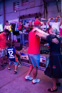 Cadeg - Cantinho das Concertinas - A festa portuguesa que rola aos sábados vertical